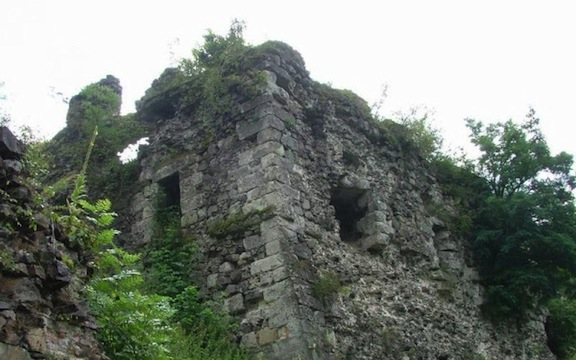 Замки и крепости