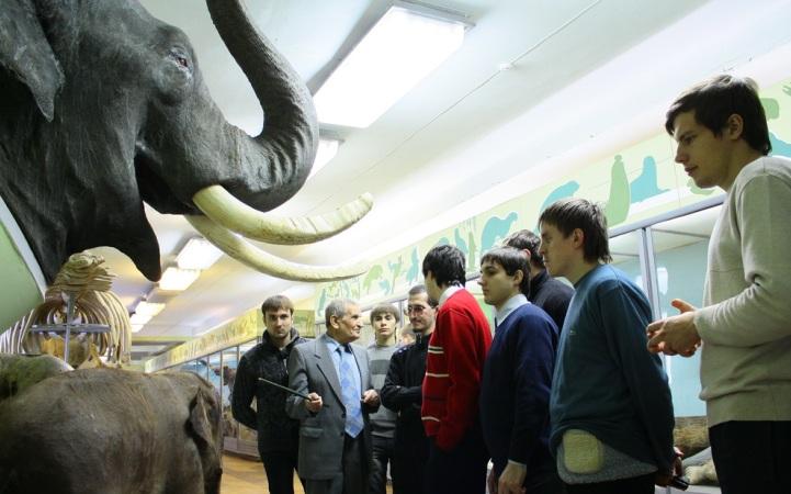 Экскурсия для учащихся по музею природы