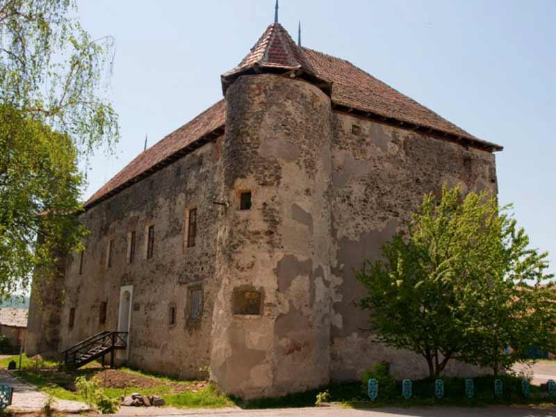 Экскурсия в Ужгороде: Экскурсия по замкам Закарпатья