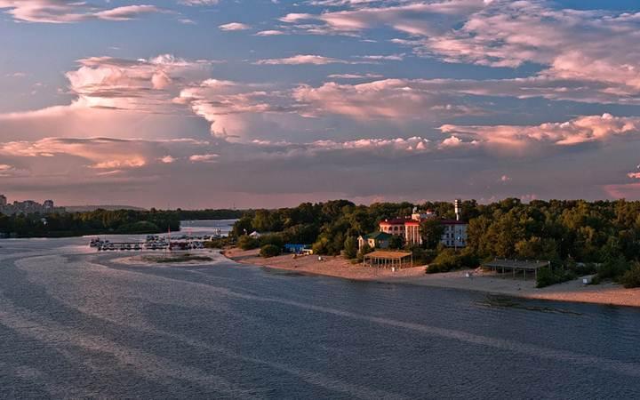 Пляж «Черторой». Киев