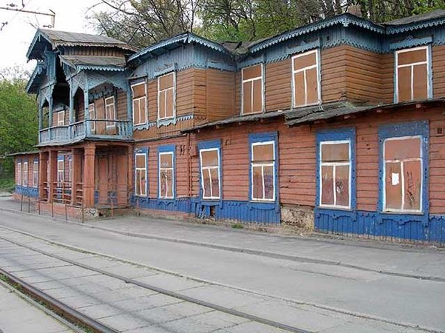 Дом с нарисованными окнами. Киев.