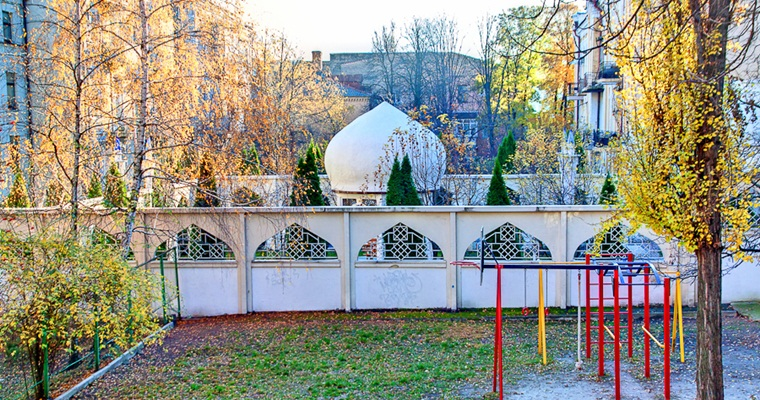 Восточный дворик