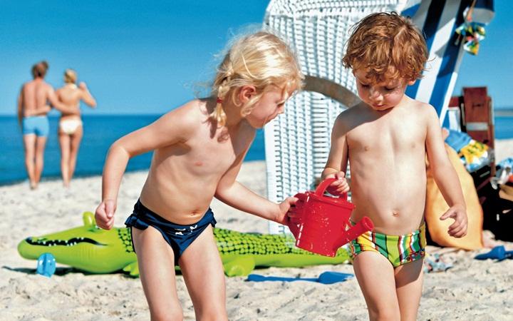 Что носят на пляже дети