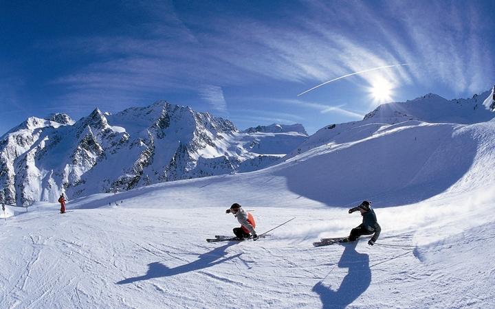 Катание на горных лыжах