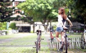 Велосипед – отличное средство передвижение.