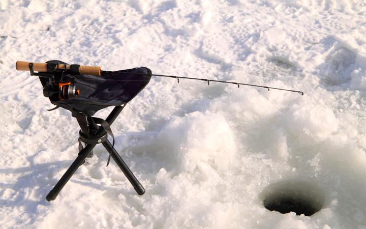 Как правильно выбрать костюм для зимней рыбалке