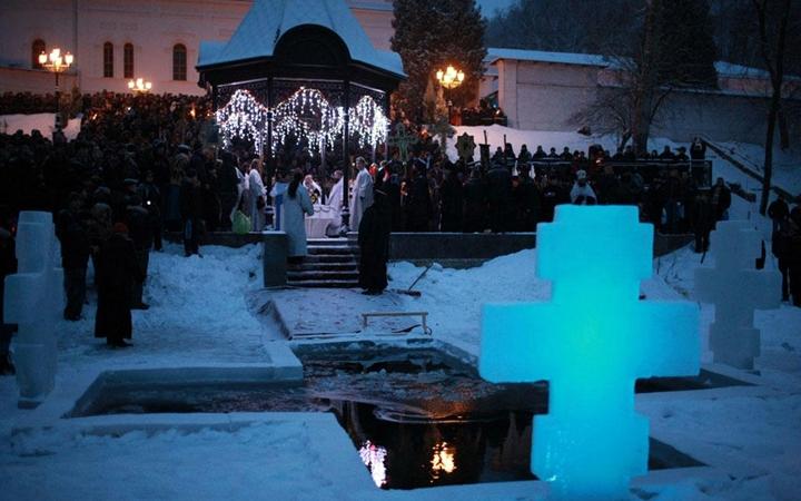 Крещение в Киеве. Где можно нырнуть в прорубь
