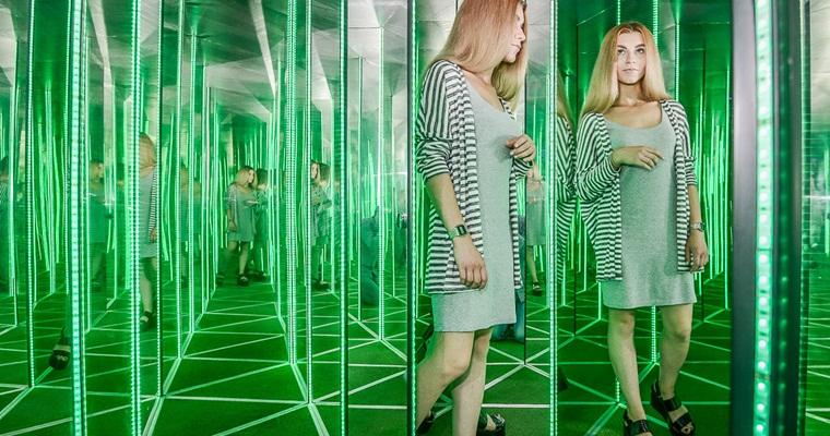 Лазерный зеркальный лабиринт