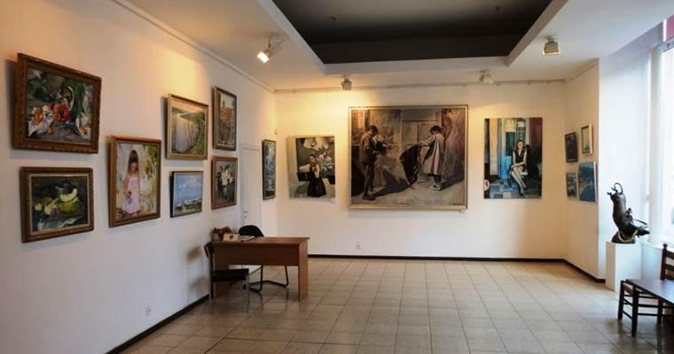 Галерея «Митець»