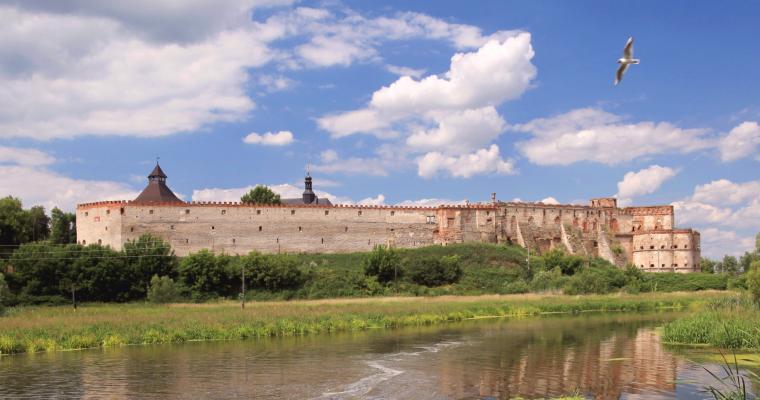 Тур по Украине: Замки и храмы Подолья