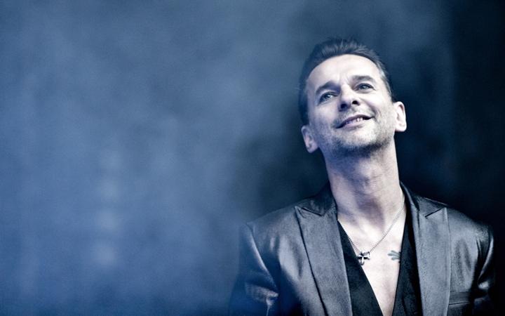 Пока Мартин Гор опечален, Дэйв Гаан расхваливает Depeche Mode