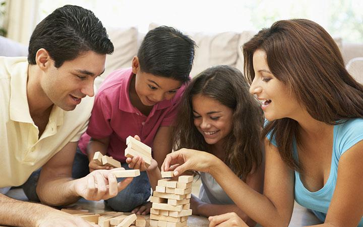 Игры с ребенком дома. Во что поиграть