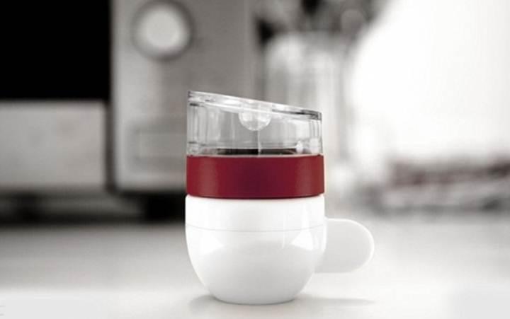 Создана самая маленькая кофеварка в мире