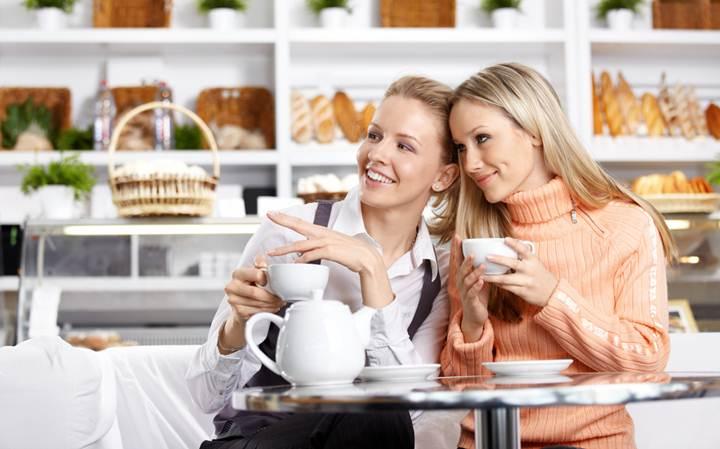 Женская дружба имеет целебные свойства