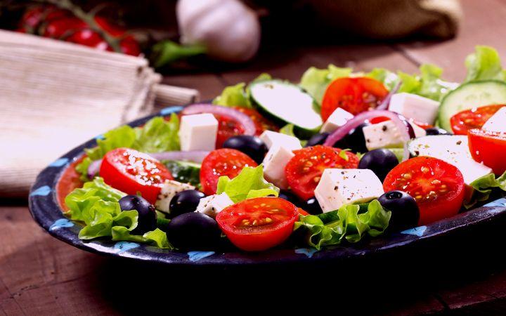 Как есть овощи согласно правилам этикета