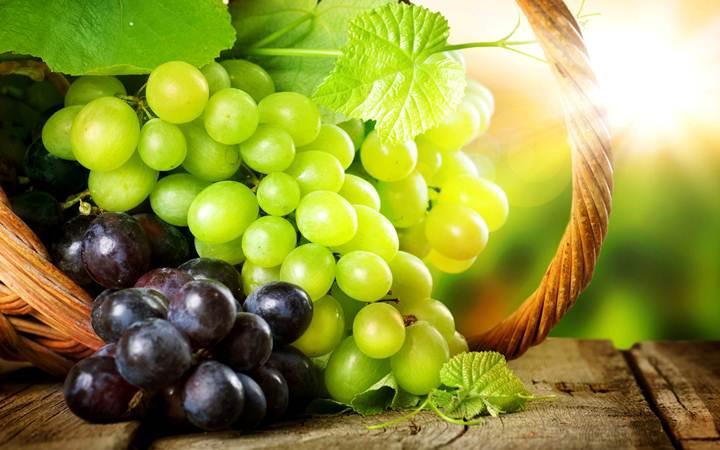 Виноград является отличной защитой для зубов