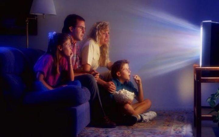 Идеи на выходные: Посмотреть телевизор