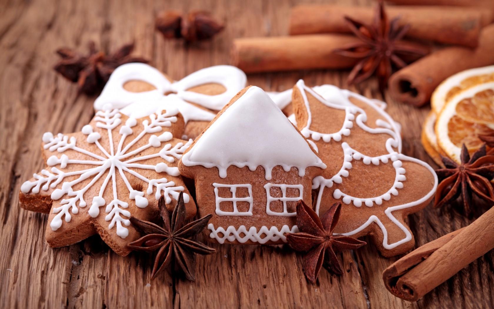 Украшаем дом к новому году поделками из соленого теста