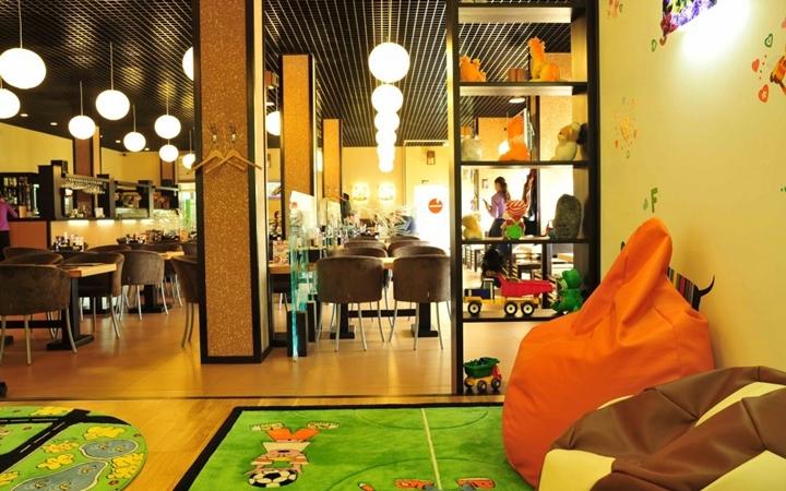 Кафе и рестораны Киева с детскими комнатами