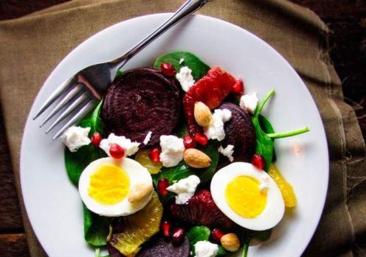 5 рецептов весенних салатов