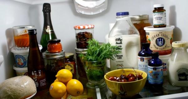 Как правильно хранить продукты в холодильнике