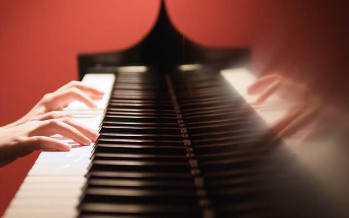 Летом по всему Киеву будет звучать мелодия фортепиано