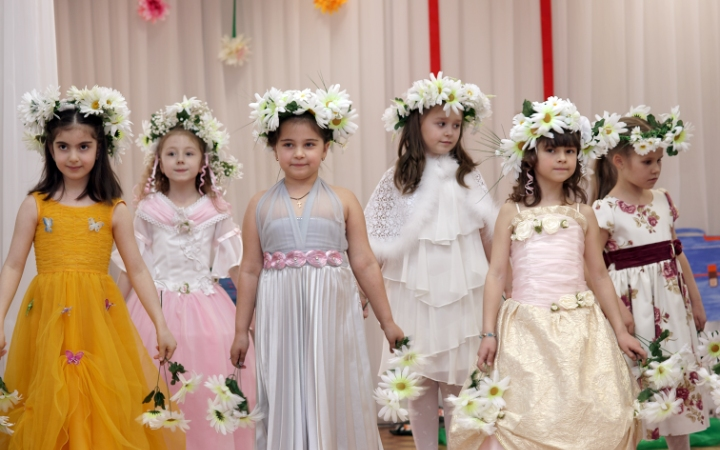 Девочки на выпускном в детском саду фото