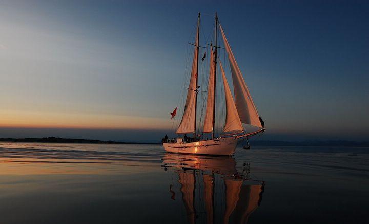 Прогулка на яхте по Днепру
