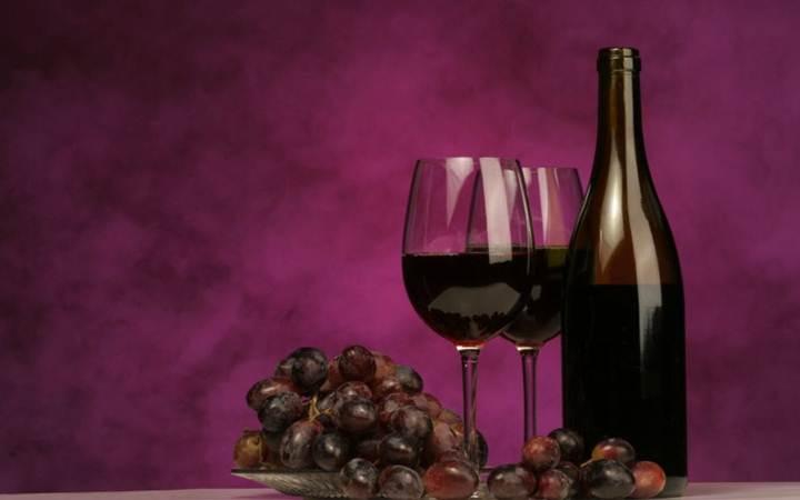 Вино помогает бороться с кариесом