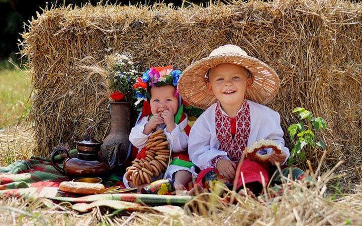 Дети. Украина. День детей