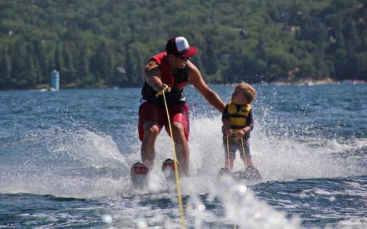 Где в Киеве покататься на водных лыжах