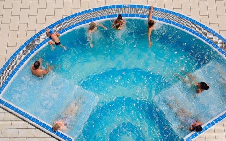 Джакузи для бассейна своими руками