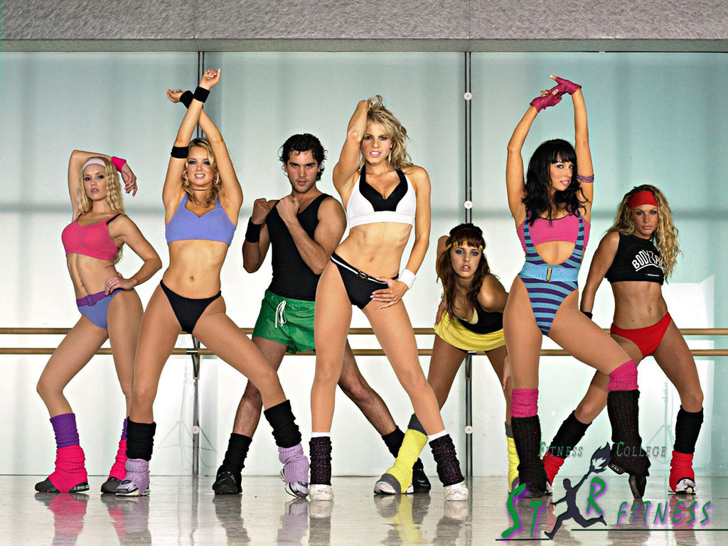 Фитнес групповой эротический фото 302-795