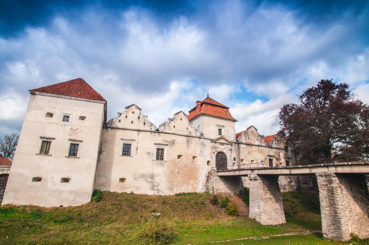Тур по Украине: Средневековое наследие. Тур по замкам Западной Украины