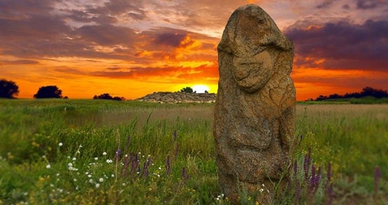 Тур по Україні : Асканія-Нова, Бирючий острів і Кам'яна Могила
