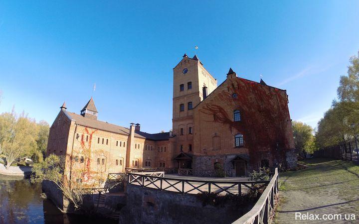 Замок Богомолец в Радомышле