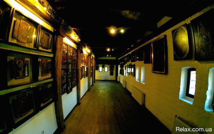 Музей иконы в Радомышле коллекция Ольги Богомолец