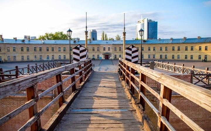 Вечерняя экскурсия по Киевской крепости