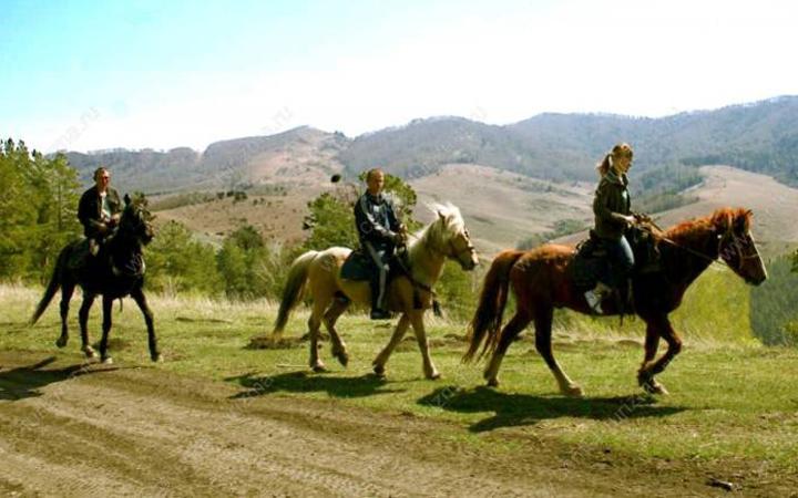 Букский каньон и прогулка на лошадях