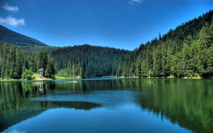 Сказочное озеро Карпат