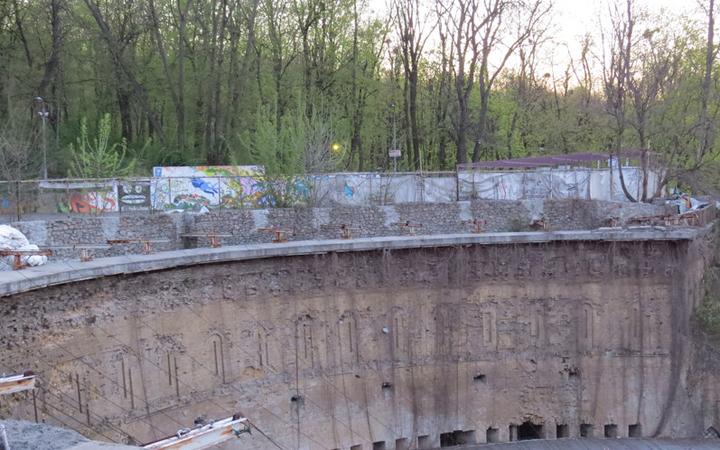 Зеленый театр. Верхняя стена