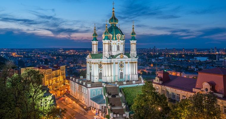 Картинки по запросу Андреевская церковь Украина. Киев.