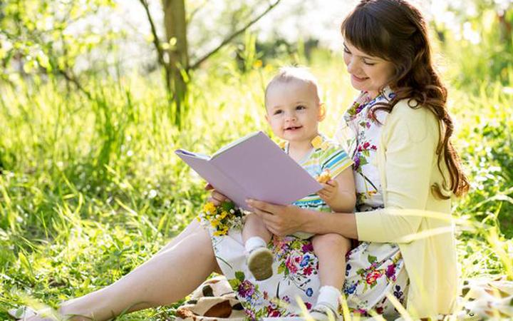 Совместное чтение детских книг