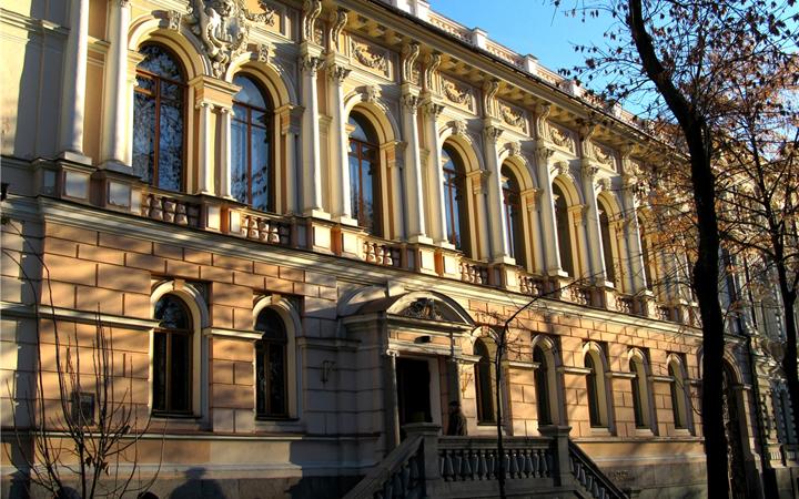 Киевский музей западного и восточного искусства им. Богдана и Варвары Ханенко