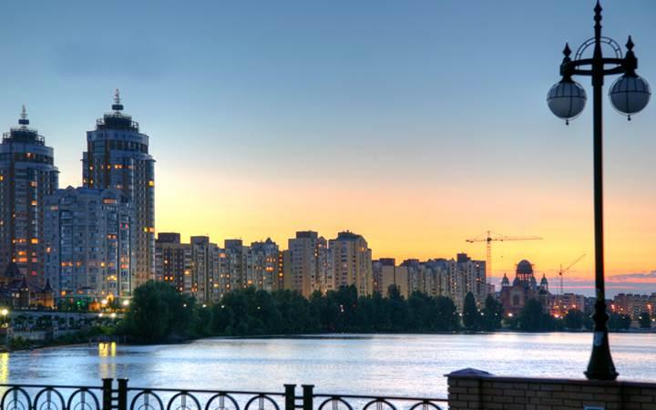 Киев или Харьков