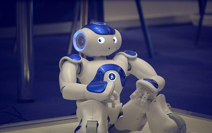 Make it Show робот