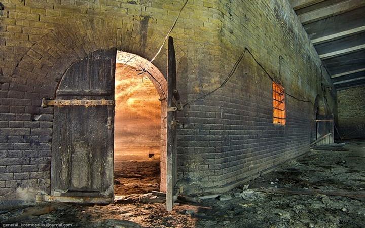 Подземная тюрьма Киев Казематы