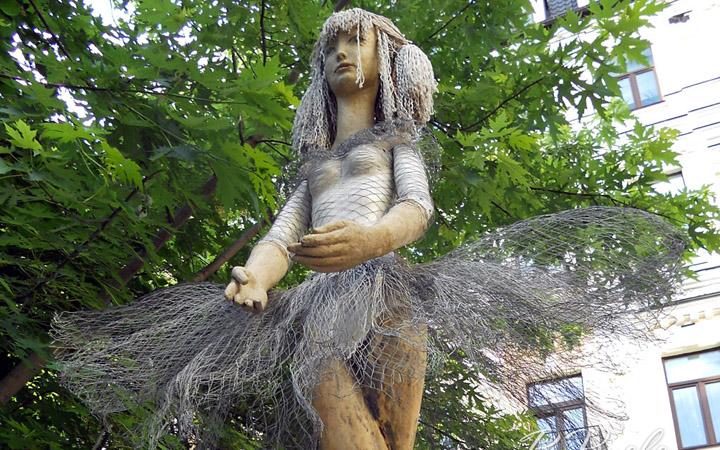 Скульптура «Балерина»