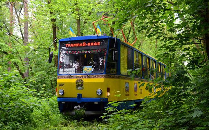 Экскурсии по Киеву: Экскурсия в трамвае-кафе