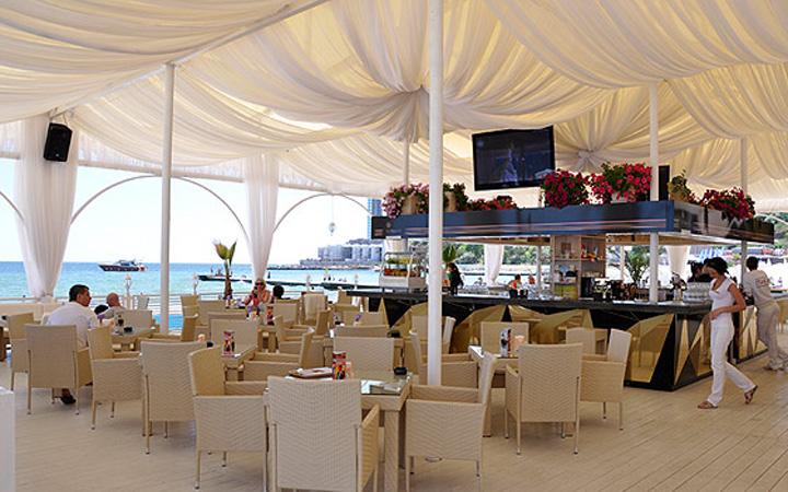 Ресторан. Одесса. Пляж. Отдых. Еда.